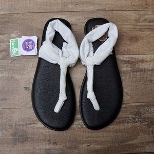 Sanuk yoga sling ella